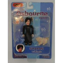 Sharon w/ Minnie, The Osbourne Family. Smiti 2002.