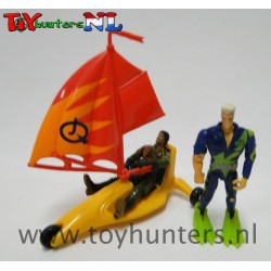 2x loose Jonny Quest figures with accessories asis