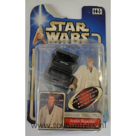 Anakin Skywalker AOTC loose 100% Complete with card