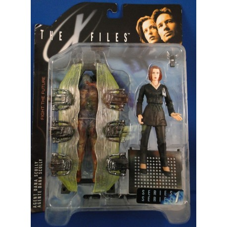 Agent Dana Scully w/ Cryopod Chamber MOC - McFarlane Toys Sci Fiction horror