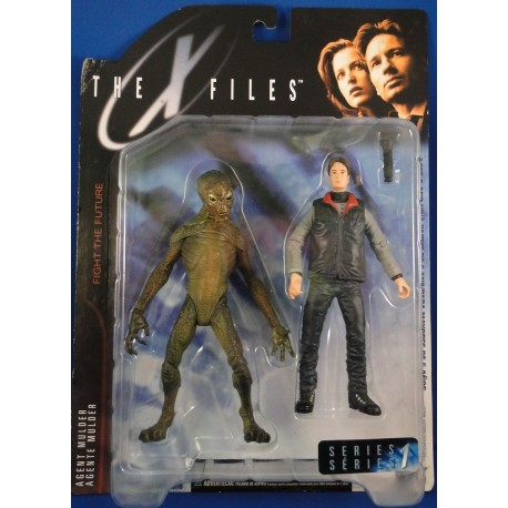 Agent Fox Mulder and Alien MOC - McFarlane Toys Sci Fiction horror