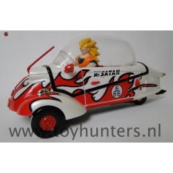 3 Wheel Car with Super Saiyan Goku - Dragon Ball Z 1996 AB Ban Dai