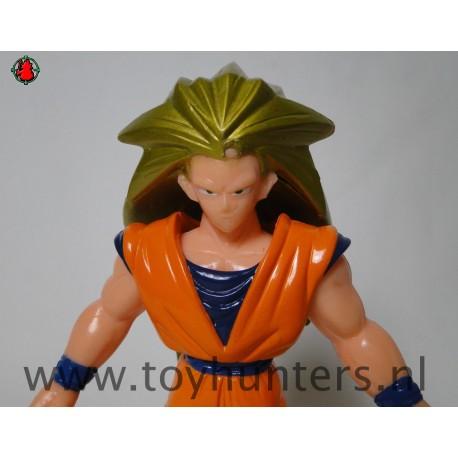 Super Saiyan Goku 3 as is with shirt - Irwin 1996 AB Ban Dai Dragon Ball Z