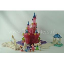 1995 The Cinderella Wedding Castle WORKING